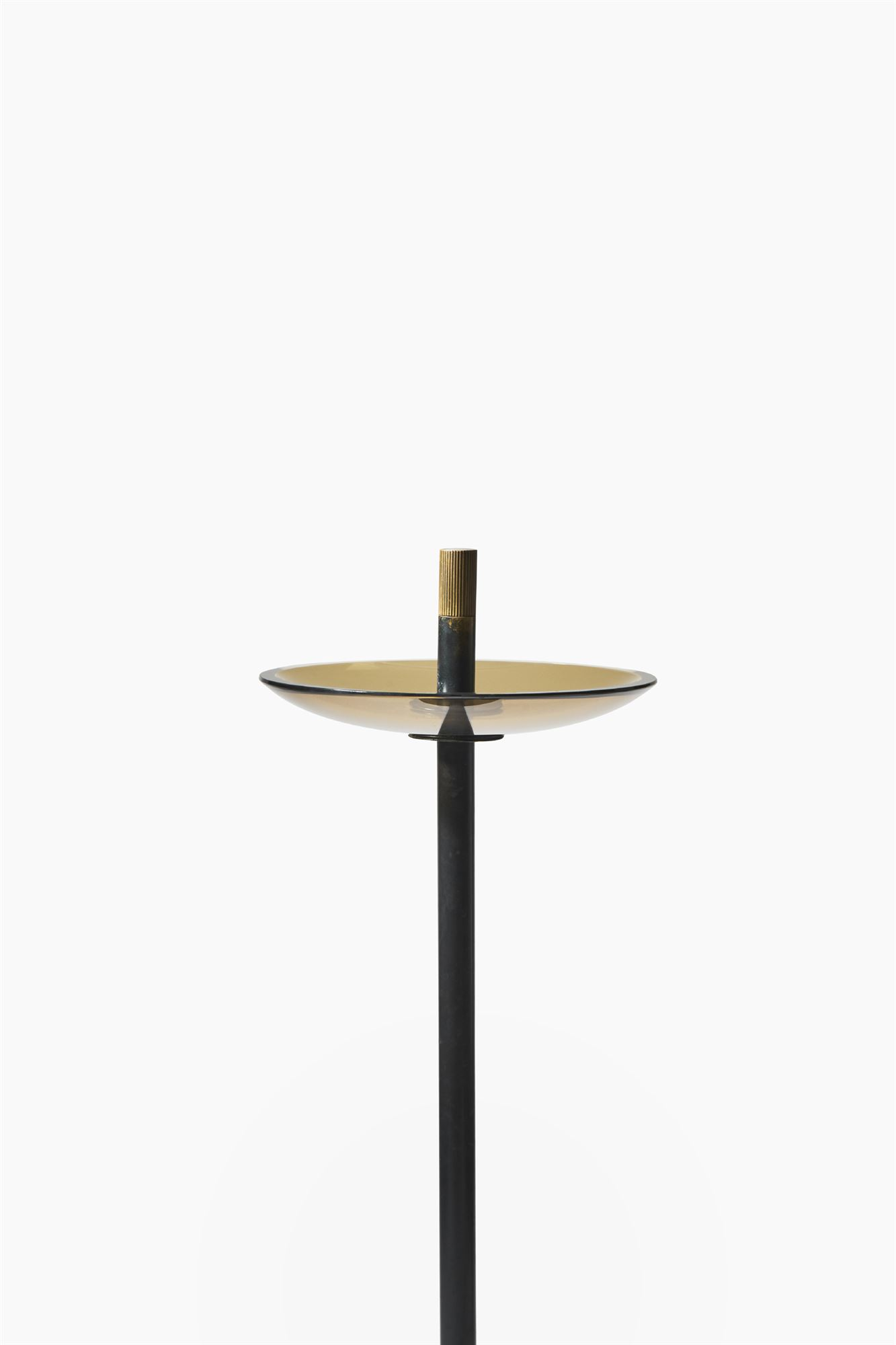 Ground ashtrays| Contemporary Design | Works | Nero Design | Gallery | Arezzo